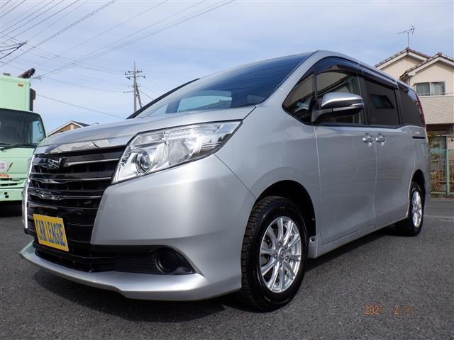 トヨタ ノア X Vパッケージ 4WD