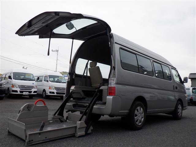 日産 キャラバンバス スーパーロングGX チェキャブ 車いす2基積 車いすリフト