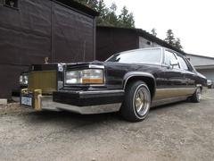 キャデラック フリートウッド ブロアム ハイドロ2P4B 黒内装 コンチ ワイヤー(キャデラック)