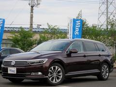 VW パサートヴァリアントTSIハイライン 1オーナ禁煙 新車保証 ナビ 黒革 ACC