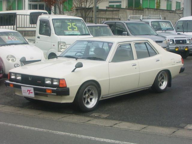 三菱 1.6SLスーパー 5速マニュアル