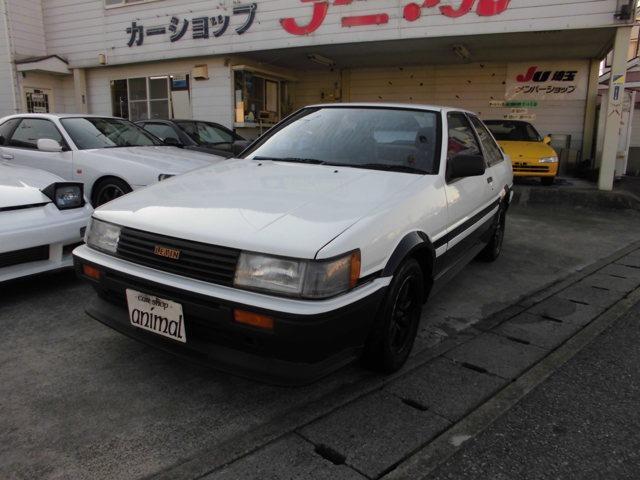 トヨタ カローラレビン GT 白黒ツートンレストア車