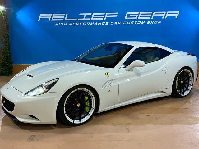 フェラーリ  カリフォルニア ノビテックスポーツスプリング パワクラ 白革シート ハイパーフォージドホイール 純正パーツ有