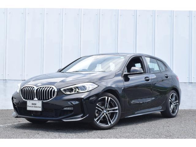 BMW 118i Mスポーツ コンフォートパッケージ パーキングサポ Mスポーツパッケージ 運転席電動シート ナビパッケージ 電装テールゲート イルミネーションパネル ACC SOSコール インテリジェントセーフティ リバースアシスト ETC LEDライト