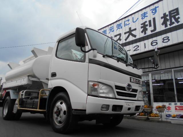 日野 4WD Wタイヤ Wリール 3KL  タンク書類有 タンクローリー 予備検査有 エアコン パワステ