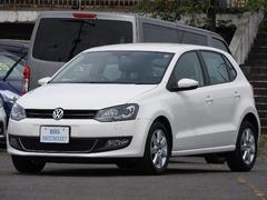 VW ポロTSIハイラインターボ 地デジMナビ キセノン 15アルミ