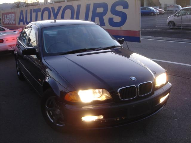 BMW 318i5速マニュアル禁煙D車