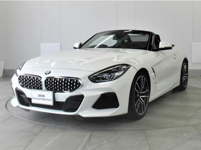 BMW sDrive20i Mスポーツ 黒革 認定中古車弊社デモカー