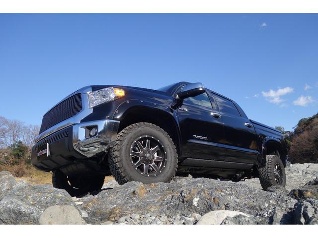 米国トヨタ クルーマックス SR5 4WD 新車並行 フルカスタム
