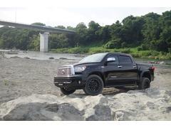 タンドラクルーマックス リミテッド 4WD 新車並行