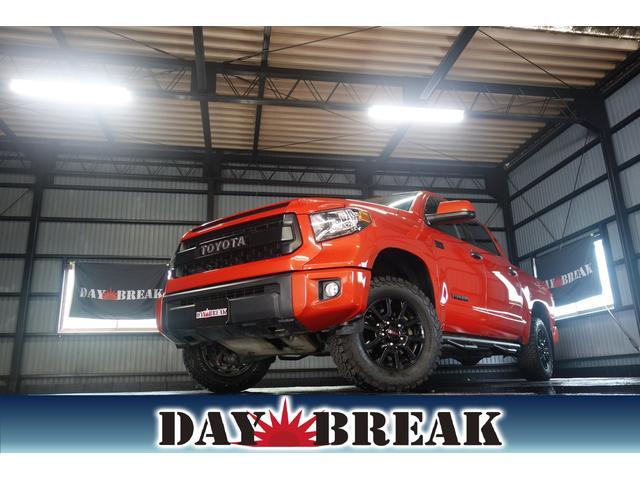 米国トヨタ TRD PRO 4WD 社外SDナビ トノカバー