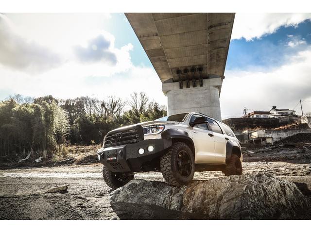 米国トヨタ リミテッド 新車並行  9インチナビ リアモニター