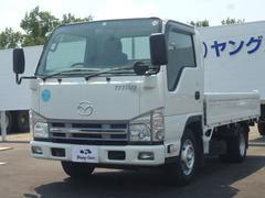 タイタントラック平ボディ 最大積載量1.5トン
