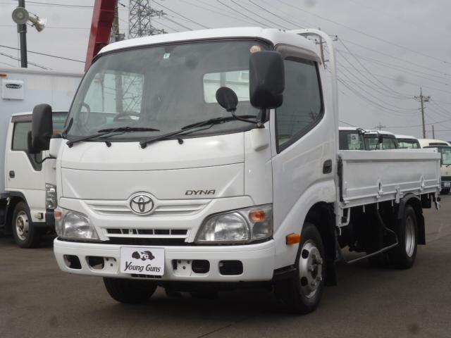 トヨタ 4.0D 平ボディ2トン積載 車両総重量4.435kg