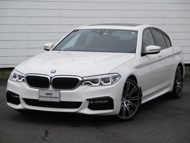 BMW 5シリーズ 523d Mスポーツ 禁煙車 電動ガラスサンルーフ アクティブクルーズコントロール ヘッドアップディスプレイ ブラックレザーシート ヒーター ベンチレーション オートトランク ソフトクローズドア 純正20インチAW
