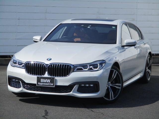 BMW 740i Mスポーツ 禁煙車 レザーシート F&Rシートヒーター ベンチレーションシート アクティブクルーズコントロール ヘッドアップディスプレイ 電動ガラスサンルーフ harman/Kardon レーザーライト ETC