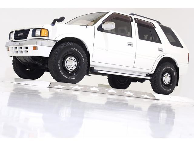 いすゞ タイプX 4WD 社外マッドブラック16インチAW ターボ車