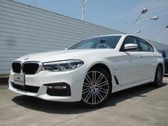 BMW530e Mスポーツ ブラックレザー サンルーフ 19インチ