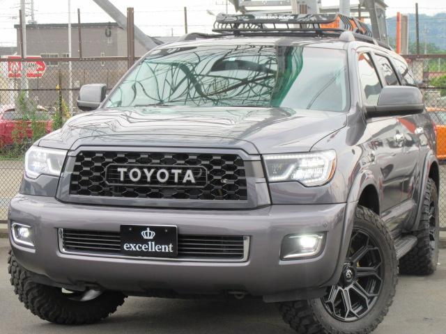 米国トヨタ セコイア プラチナム 4WD レッドロック サンルーフ パワーバックゲート