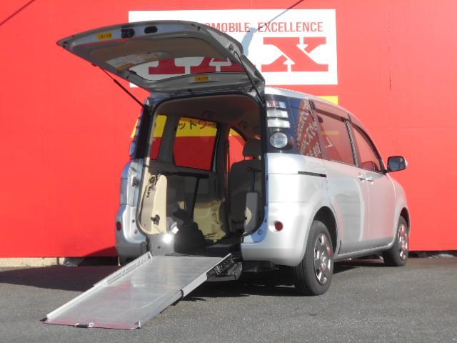 トヨタ X ウェルキャブ車椅子仕様車タイプ2 後席シートなし