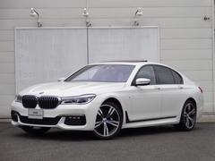 BMW750i Mスポーツ サンルーフ オートマチックテールゲート