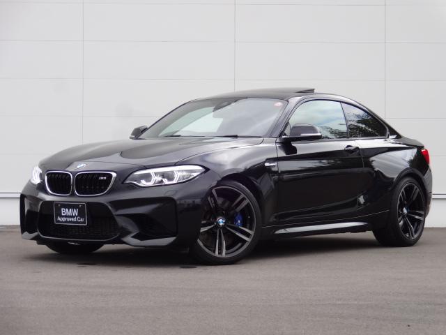 BMW ベースグレード 直6シルキーシックス 3Lターボエンジン ブラックサファイアメタリック サンルーフ付 ハーマンカードン ブラックレザーシート シートヒーター 電動シート LEDヘッドライト 純正ナビ バックカメラ