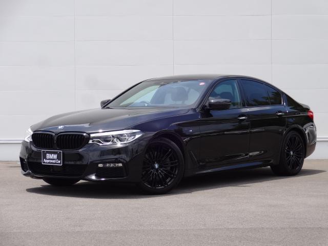 BMW 523d エディション ミッション:インポッシブル ディーゼルターボ ブラックキドニーグリル 純正19インチブラックアルミホイール 純正HDDナビ ブルートゥース CD・DVD再生 LEDヘッドライト バックカメラ ACC 電動シート 電動トランク