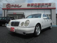 M・ベンツE320 アバンギャルド サンルーフ 革シート 純正ナビ