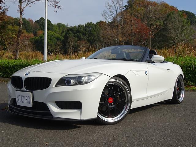 BMW Z4 sDrive23i ハイラインパッケージ 3Dデザイン4本出しマフラー車高調リップスポイラーディフェーザートランクスポイラー BBSアルミ MスポーツFバンパー 電動黒革シートヒーター付き バックカメラ IドライブナビTV