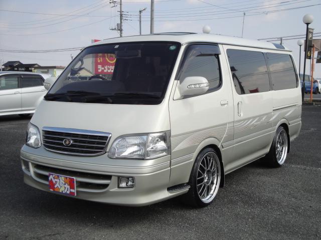 トヨタ スーパーカスタムリミテッド社外19AWローダウン