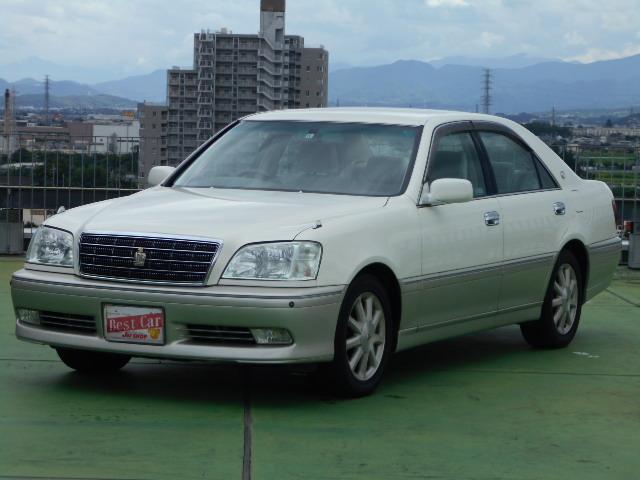 トヨタ ロイヤルサルーン プレミアム 純正ナビ&AW 走行2万キロ台