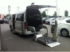 ハイエースバン福祉車輌 車椅子2基 オートステップ