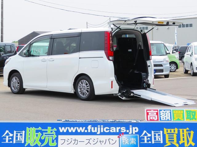 トヨタ Xiウェルキャブ スロープI車いす2脚 電動ウインチ ナビ