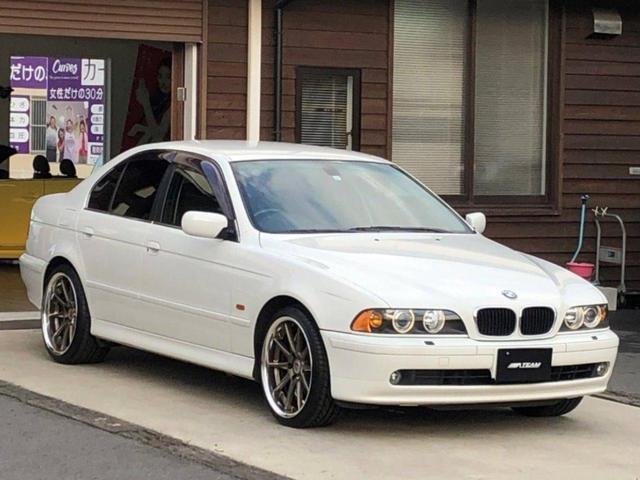 BMW 530iハイライン後期 天張り交換済 電動黒革 HID 禁煙