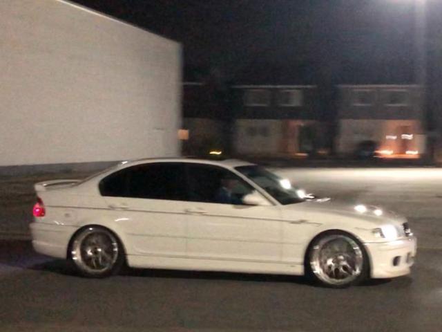 BMW 330iMスポーツ左AT 鍛造BBS19 KW車高調 SR 希少左H ステップトロニックAT 正規ACシュニッツァーフルエアロ(マフラー・カーボントリム・グリップ・アルカンターラS・ストラットタワーバー)KW車高調 鍛造BBS19 グループMエアクリーナー