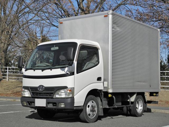 トヨタ 2tアルミバン 4WD