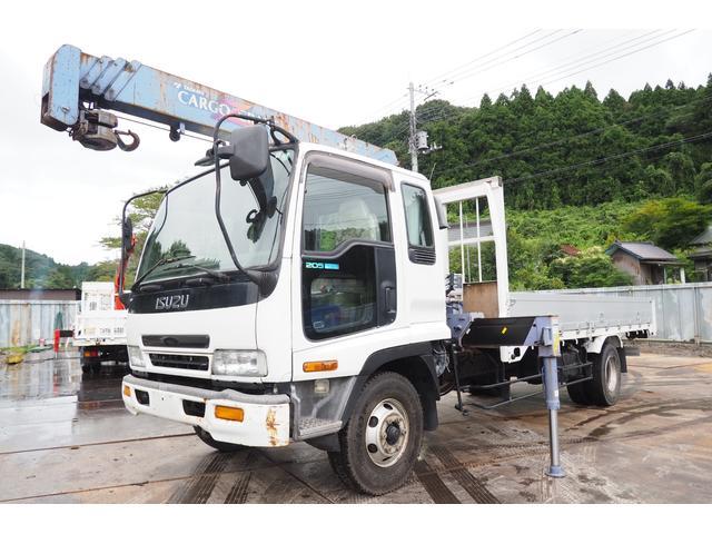 いすゞ  タダノZR304 4段クレーン ラジコン付 アルミブロック 平ボディ 積載2.75t 板張り ロープホール 荷台内寸510幅214高さ40cm ベット付き