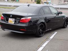 BMW545i BMW 5シリーズ サンルーフ 黒革シート