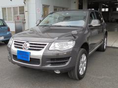VW トゥアレグV6 サンルーフ 黒革シート シートヒーター ナビTV