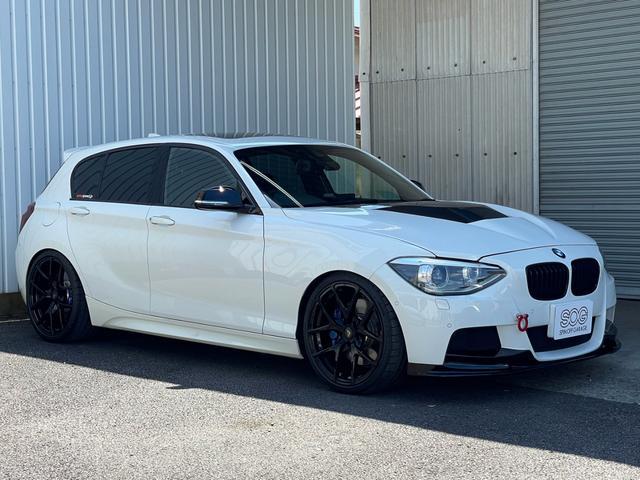 BMW M135i カスタムパーツ 禁煙車 取説 スペアキー 写真80枚