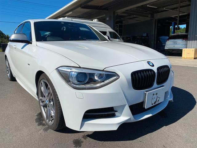 BMW 1シリーズ M135i レザーシート