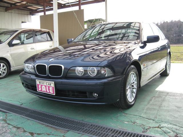 BMW 5シリーズ 525iハイライン (検31.9)