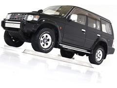 パジェロワイド エクシード−I 4WD 電動サンルーフ 寒冷地仕様