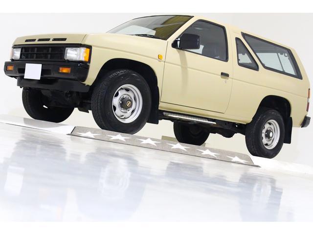 4WD US仕様 2ドア車 4ナンバー5人乗り ディーゼル車(1枚目)