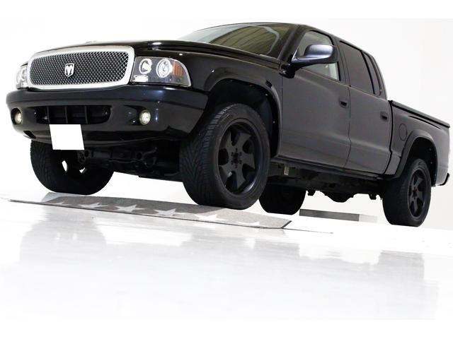 ダッジ クアッドキャブ 4WD 新車並行 ベンコラ ハードトノカバー