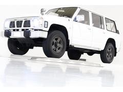 サファリAD 4WD ロールーフ ディーゼルT 3列シート 7人乗り