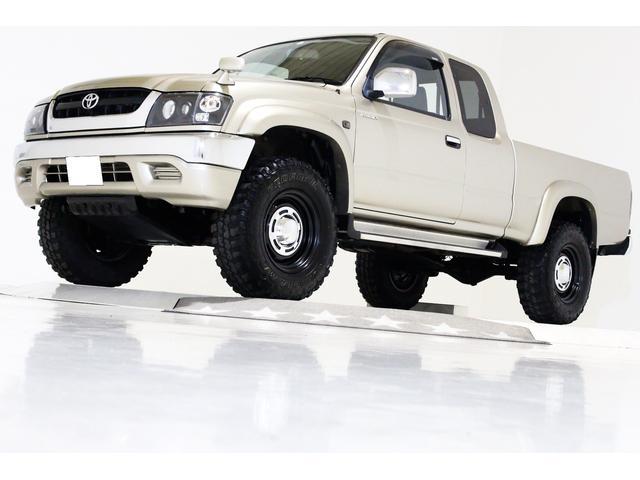 エクストラキャブ ワイド 4WD 新品タイベル交換済 5MT(1枚目)