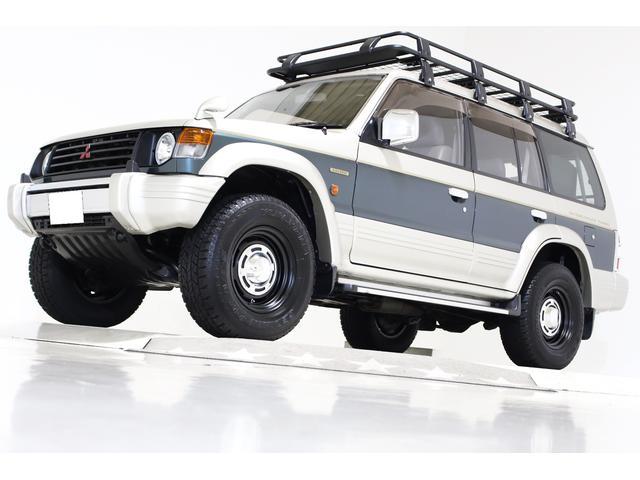 三菱 パジェロ ワイド エクシード 4WD タイミングベルト交換済 丸目仕様 ヴィンテージ16インチアルミホイール ルーフラック リアラダー 背面ハードタイヤカバー LEDイカリングヘッドライト LEDテールランプ 電動サンルーフ