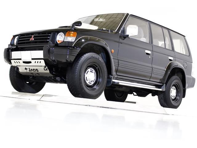 三菱 ワイド エクシード 4WD 丸目仕様 ディーゼルターボ車 ヴィンテージ16インチアルミホイール ヴィンテージヘッドライト ブラックハード背面タイヤカバー LEDコンビテールランプ コンビコーナーランプ 3列シート ETC