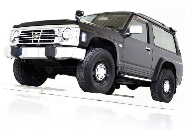 日産 サファリ スピリットタイプII 4WD タイミングベルト交換済 ヴィンテージ16インチアルミホイール LEDイカリングヘッドライト ブラックハード背面タイヤカバー ナビ TV ETC サンルーフ ディーゼルターボ車